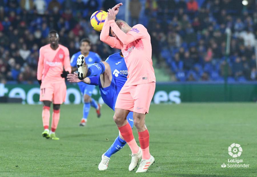 صور مباراة : خيتافي - برشلونة 1-2 ( 06-01-2019 ) W_900x700_06221018dsc_1054