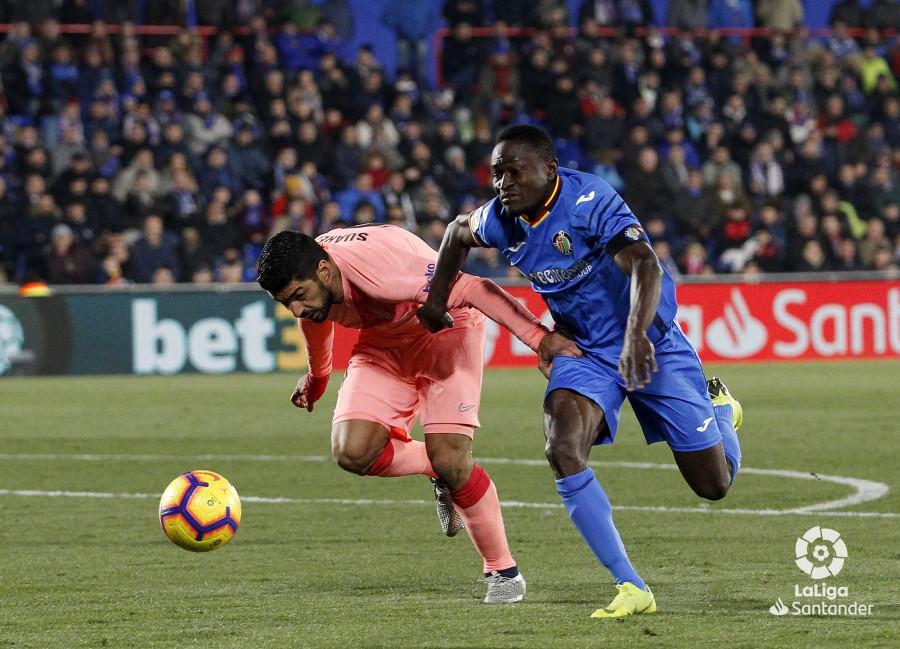 صور مباراة : خيتافي - برشلونة 1-2 ( 06-01-2019 ) W_900x700_06221920190106_javiergandul_153
