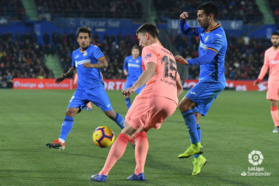 صور مباراة : خيتافي - برشلونة 1-2 ( 06-01-2019 ) W_900x700_06222709dsc_1098