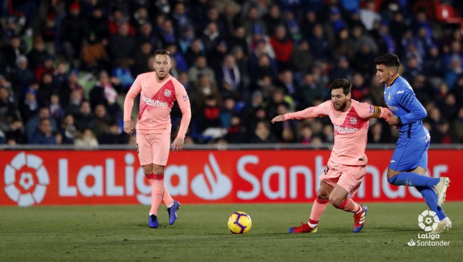 صور مباراة : خيتافي - برشلونة 1-2 ( 06-01-2019 ) W_900x700_06223019190106_javiergandul_161