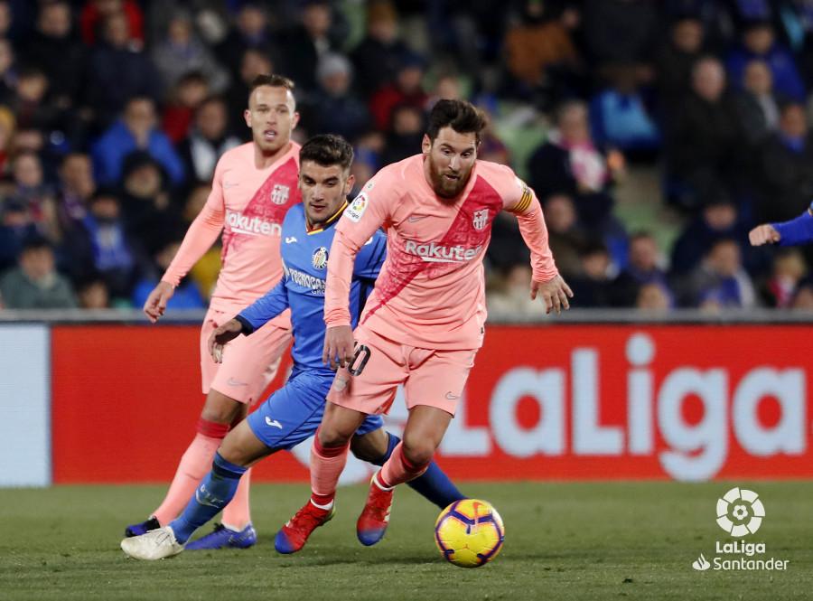 صور مباراة : خيتافي - برشلونة 1-2 ( 06-01-2019 ) W_900x700_06223022190106_javiergandul_162