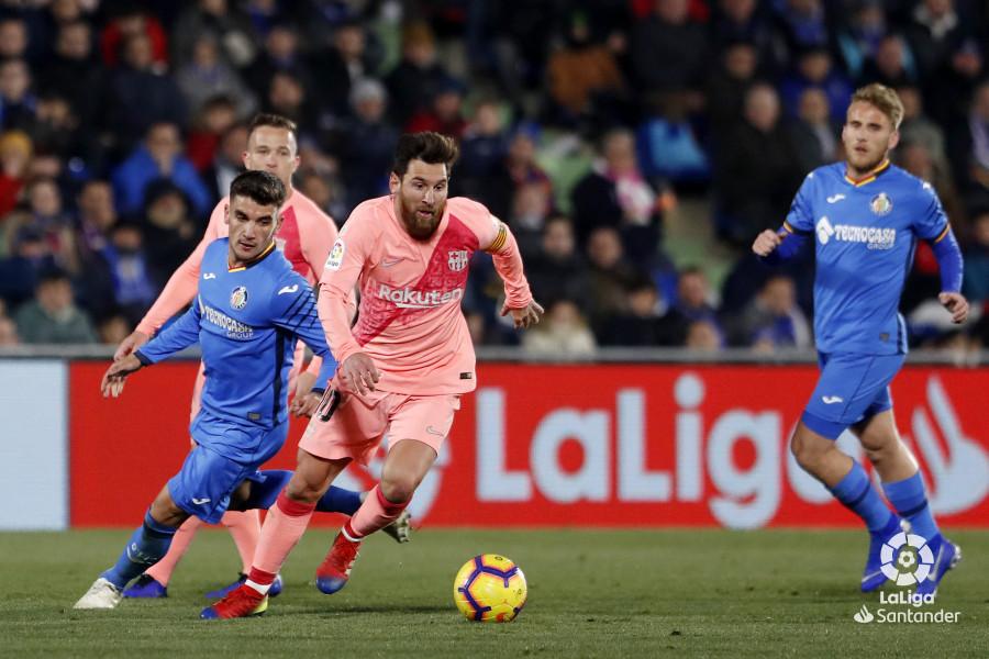 صور مباراة : خيتافي - برشلونة 1-2 ( 06-01-2019 ) W_900x700_06223024190106_javiergandul_163