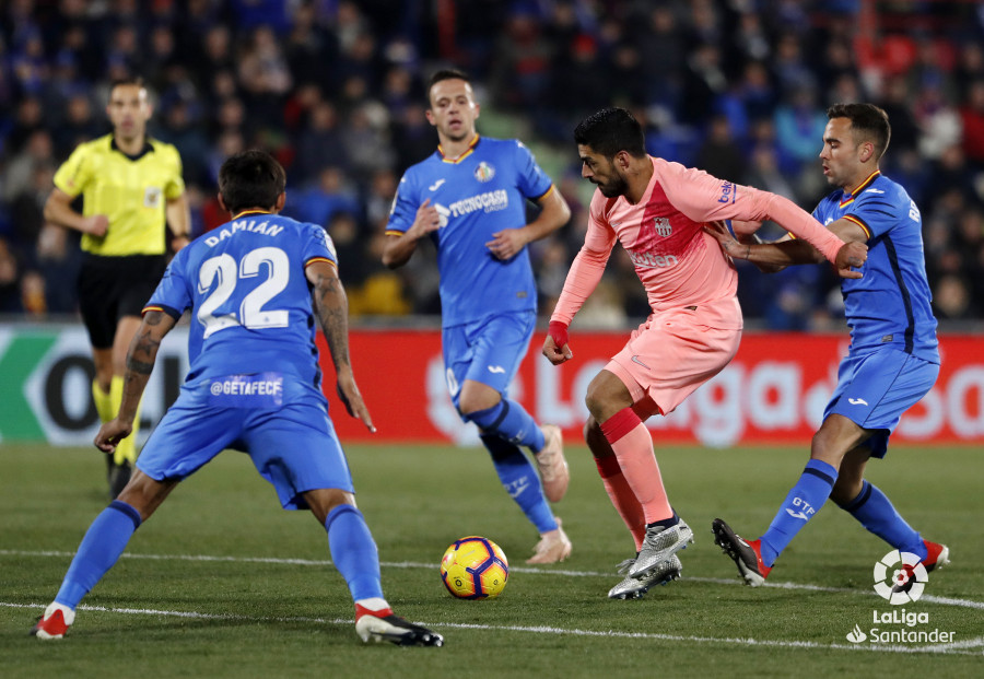صور مباراة : خيتافي - برشلونة 1-2 ( 06-01-2019 ) W_900x700_06224412190106_javiergandul_164