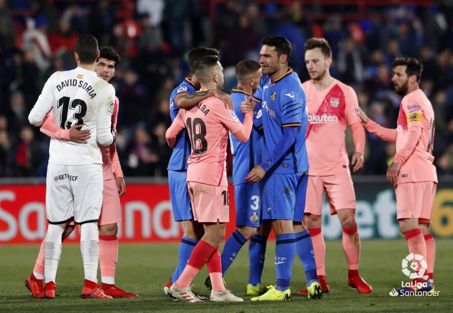 صور مباراة : خيتافي - برشلونة 1-2 ( 06-01-2019 ) W_900x700_06224427190106_javiergandul_170