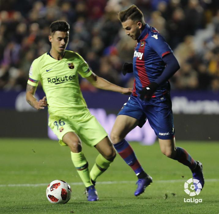 صور مباراة : ليفانتي - برشلونة 2-1 ( 10-01-2019 ) W_900x700_10220321levante-bar-acopa18