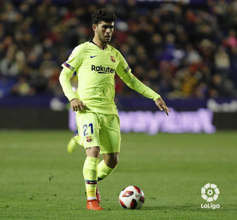 صور مباراة : ليفانتي - برشلونة 2-1 ( 10-01-2019 ) W_900x700_10225743levante-bar-acopa42