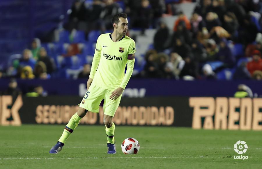 صور مباراة : ليفانتي - برشلونة 2-1 ( 10-01-2019 ) W_900x700_10225755levante-bar-acopa47