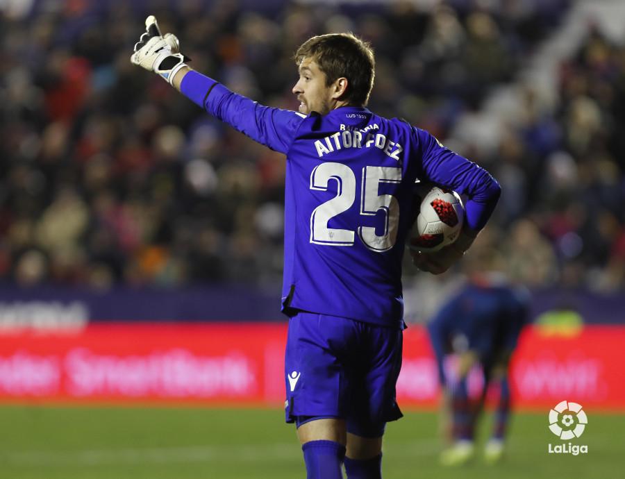 صور مباراة : ليفانتي - برشلونة 2-1 ( 10-01-2019 ) W_900x700_10232542levante-bar-acopa53