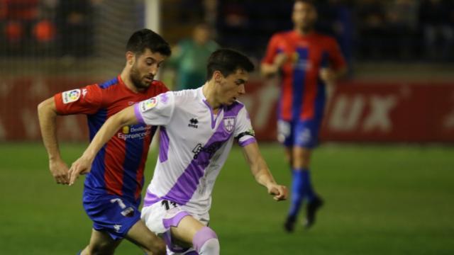 Crónica Extremadura-Numancia (0-1): Villalba la besa y la bella durmiente despierta fuera de Soria | Imagen 1