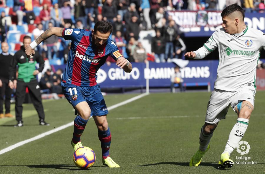 Morales, en una jugada del Levante-Getafe (Foto: LaLiga).