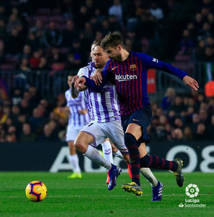 Piqué, ante el Real Valladolid (Foto: LaLiga).