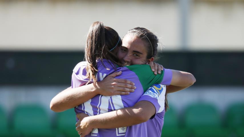 El R. Betis recupera la sonrisa a costa del F. Albacete