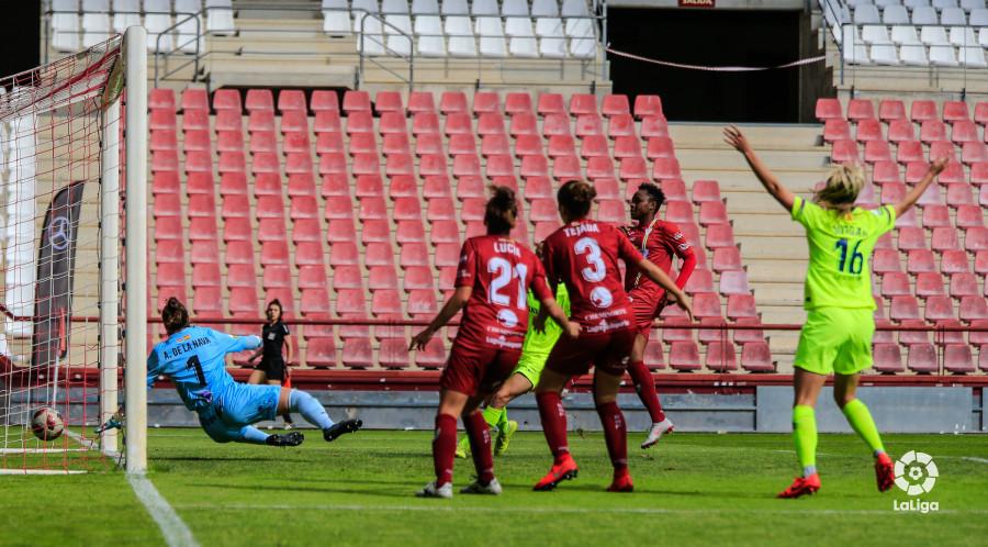 Lance del partido entre Logroño y Barcelona.