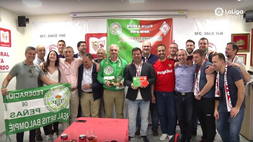 La fraternidad entre las aficiones de peñas de Sevilla FC y R.Betis