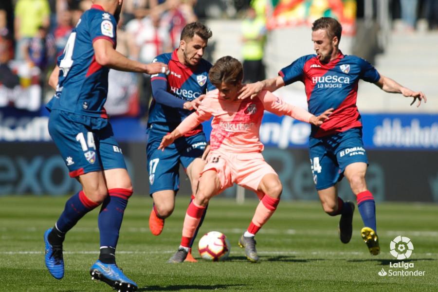 Примера. 32-й тур. Уэска - Барселона 0:0. Допустимые последствия риска - изображение 2