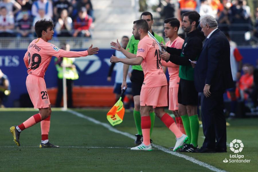 Примера. 32-й тур. Уэска - Барселона 0:0. Допустимые последствия риска - изображение 1