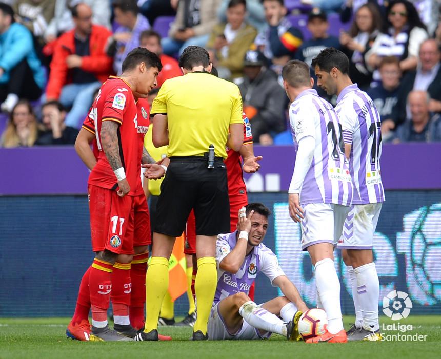 Expulsión de Mathías Olivera, ante el Real Valladolid.