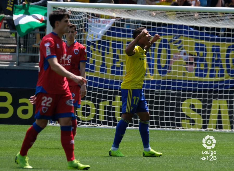 Darwin Machis celebra su gol ante el Numancia (Foto: LaLiga).