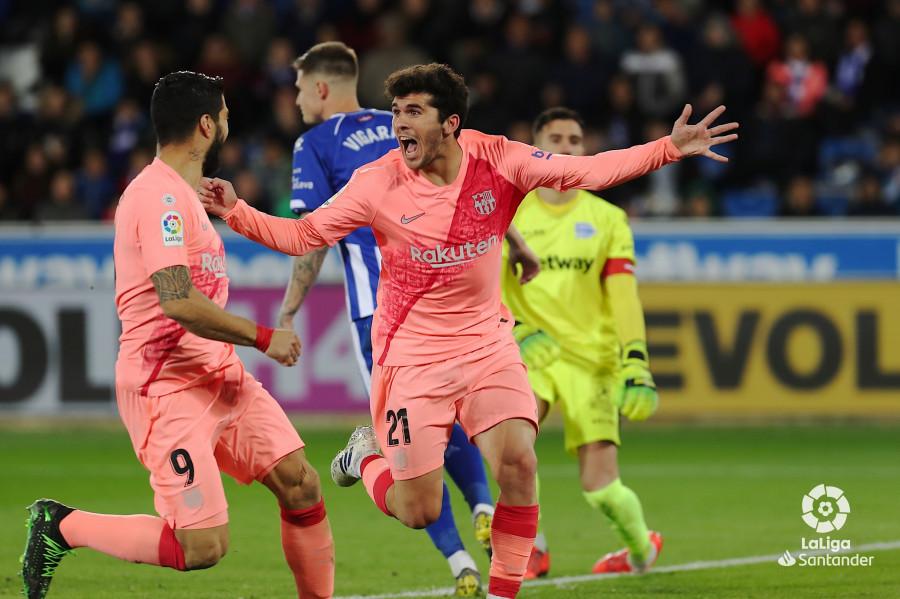 Aleñá celebra el primer gol del Barça (Foto: LaLiga).
