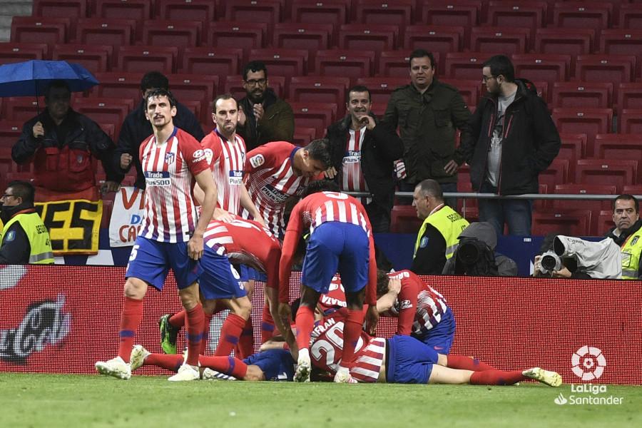 Барса ще не чемпіон. Атлетико взяв очки в матчі з Валенсією - изображение 3