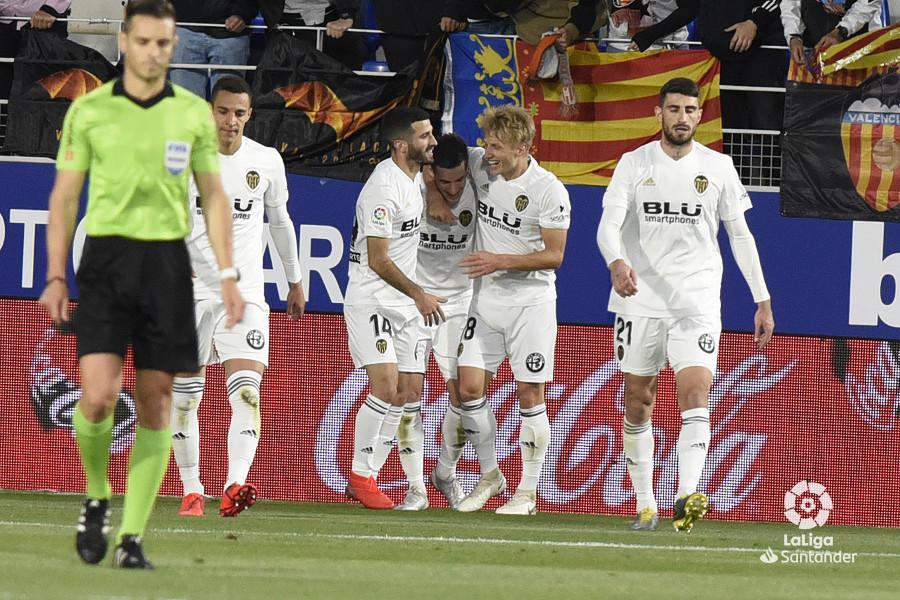 Примера. 36-й тур. Хетафе рвется в Лигу чемпионов, Валенсия, уничтожив Уэску, не отстает - изображение 4