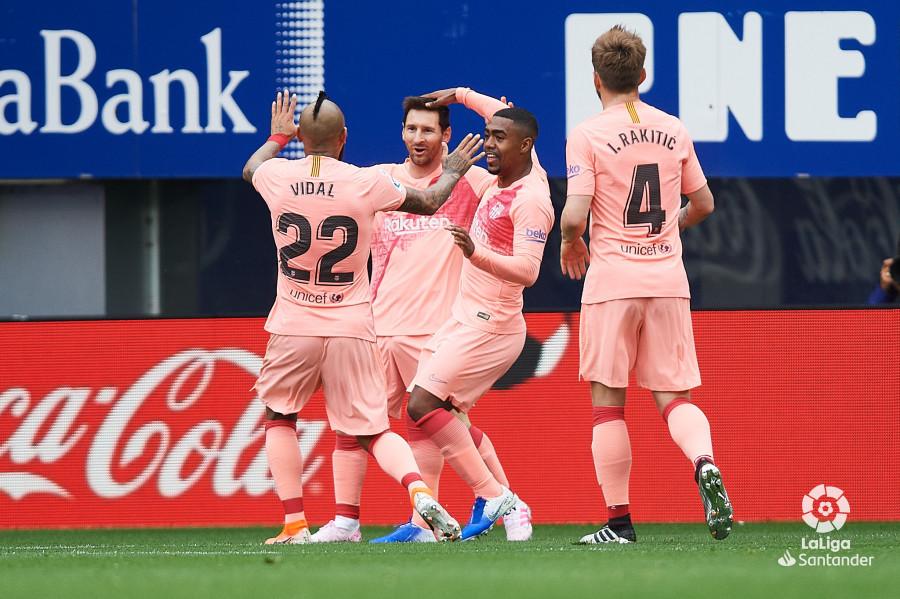 Celebración del primer gol de Messi ante el Eibar.