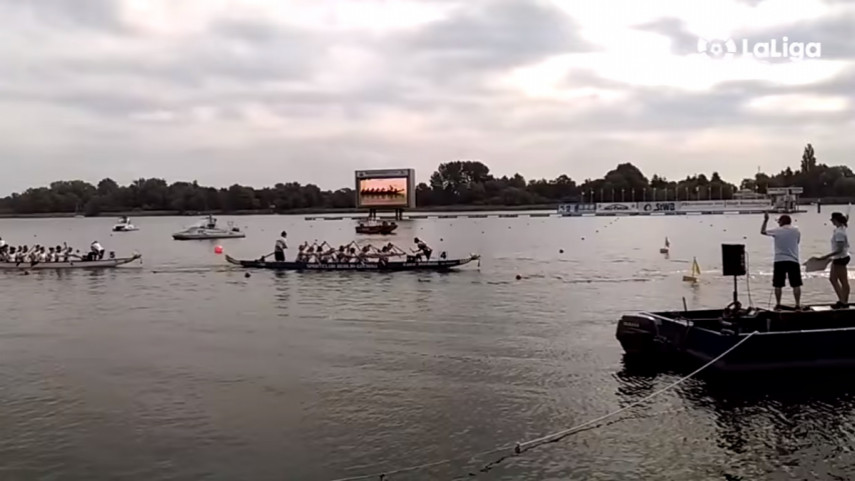 08132723dragon-boat